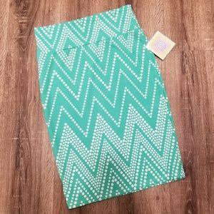 Lularoe Cassie Skirt size S